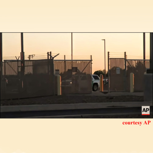 Cedar Attanasio, AP Texas - The humanitarian disaster for wannabe immigrants